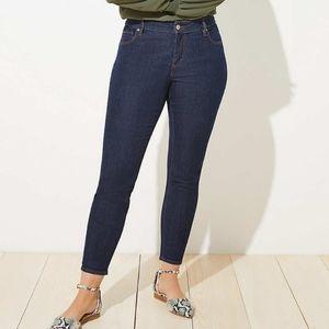 Ann Taylor LOFT Modern Skinny Ankle Jeans. Size 31